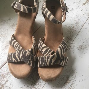 White Mountain Wedges with animal print